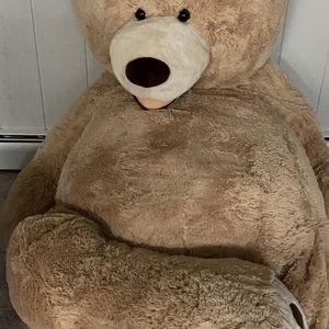 Giant Teddy Bear for Sale in Fairfax, VA