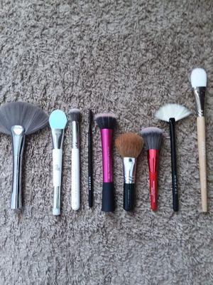 Name Brand Makeup Brushes for Sale in Hilliard, OH