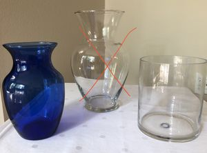 2 Glass Flower Vases for Sale in Renton, WA