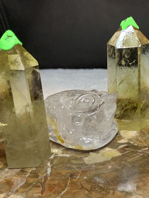 2 citrine points for Sale in Fayetteville, NC