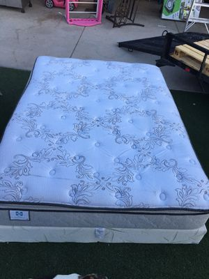 Matress and box spring queen for Sale in Phoenix, AZ
