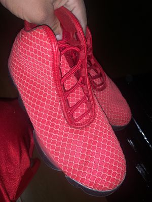 Used Jordan shoes size 5.5 in boys $65 obo / condition 9.5 out of 10, Maybe used 5 times for Sale in Inglewood, CA