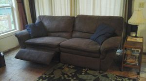 Double recliner Couch for Sale in Snoqualmie, WA