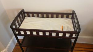 Dream on Me Emily baby Changing Table, Espresso for Sale in Jersey City, NJ