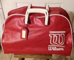 VINTAGE COLLECTABLE WILSON TENNIS BAG for Sale in Bakersfield, CA