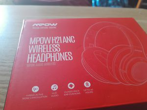 Wireless headphones for Sale in Cincinnati, OH