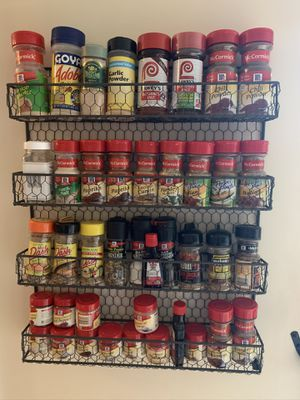Mounted Spice Rack for Sale in Saint James, NY