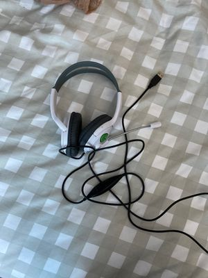 xbox headset with usb connector for Sale in Aurora, CO