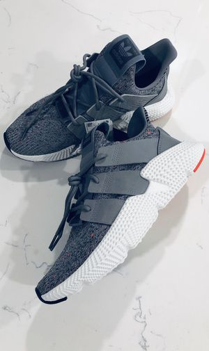 Adidas Prophere Mens Size 9 for Sale in Riverside, CA
