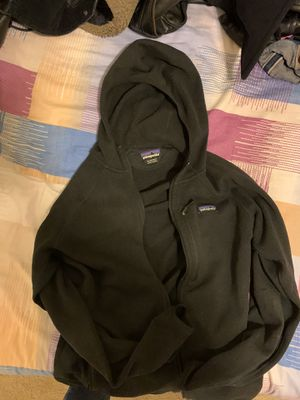 Patagonia hoodie size xl, fits l to xl for Sale in Livermore, CA