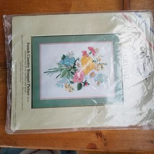 French country bouquet picture embroidery kit for Sale in Cashmere, WA