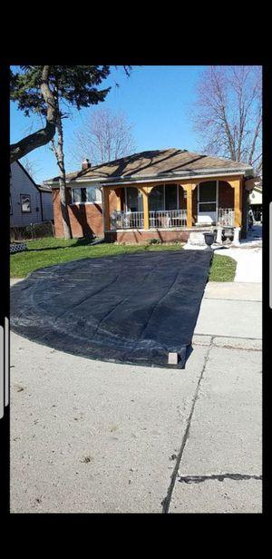 Round big tarp heavy duty cover for Sale in Roseville, MI