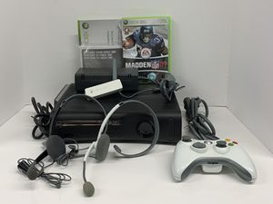 Microsoft Xbox 360 Elite 120GB Console Black with Wireless Controller 2 headsets, 1 Game for Sale in Lutz, FL