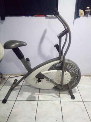 Exercise bike for Sale in Montclair, CA