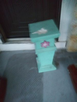 Ceramic Plant stand or porch swing end table for Sale in Orlando, FL