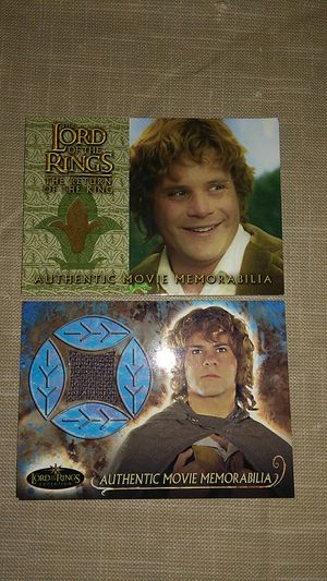 Pair of Lord of the rings movie memorabilia cards for Sale in La Quinta, CA