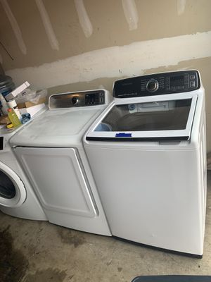 SAMSUNG ACTIVE WASHER TOP LOAD WASHER & GAS DRYER SET for Sale in Corona, CA