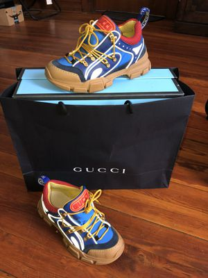"GUCCI made in Italy size ""8"" in men! for Sale in Schenectady, NY"