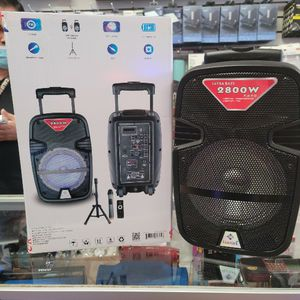 """8"""" Bluetooth Speaker FM Radio, Wireless Microphone And Stand Loud And Clear. Bocina Bluetooth De 8"""" Con Radio FM ,USB Y Microfono Inalámbrico for Sale in Los Angeles, CA"""