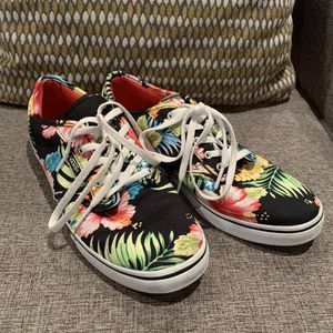Womens Vans..size 8 for Sale in Twin Falls, ID