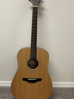 Takamine 6 Strings Guitar+ Case for Sale in St. Peters,  MO