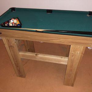 Mini Pool Table for Sale in Albuquerque, NM