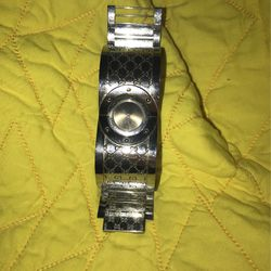Women's Gucci Authentic Watch Twirl for Sale in Hollywood,  FL