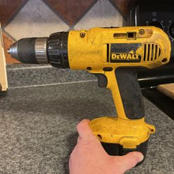DeWalt Cordless Drill Works Needs Battery for Sale in Murfreesboro,  TN