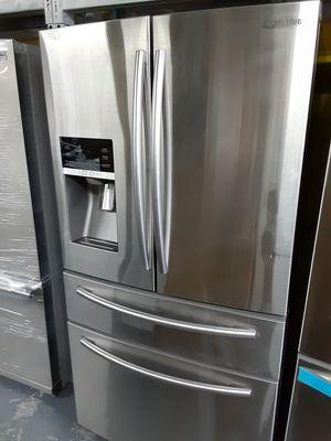 SAMSUNG 4 DOOR REFRIGERATOR for Sale in La Habra Heights, CA