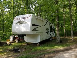 Cedar Creek 5th wheel for Sale in Caldwell, OH
