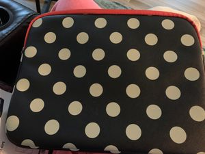 14 inch laptop sleeve. Used 3x in last 2 years for Sale in Plantation, FL