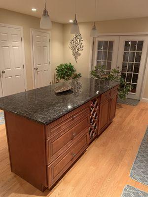 Amazing kitchen ,show room kitchen , granite double oven , appliances , island , wine rack for Sale in Boston, MA