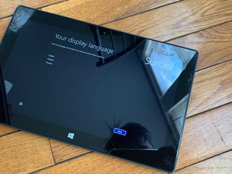 Microsoft Surface RT 32Gb WiFi for Sale in Brooklyn,  NY