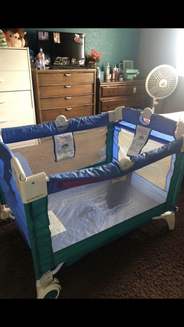 Happy camper baby bassinet