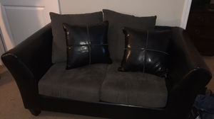 Black leather sofa and loveseat for Sale in Fort Wayne, IN