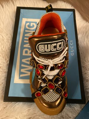 Gucci size 40 for Sale in Yonkers, NY