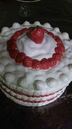 Strawberry shortcake cover for Sale in Whittier, CA
