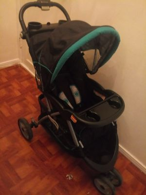 Baby Trend stroller for Sale in Dallas, TX