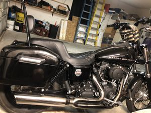 D&D Fat Cat Exhaust system Harley Dyna 2-1 for Sale in Fort Worth, TX
