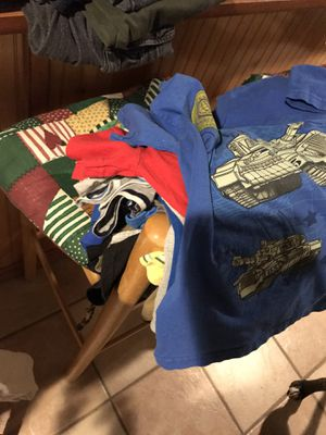 Size 5- Jeans, T-shirts, Shorts- GOOD condition!! for Sale in Fredericksburg, VA