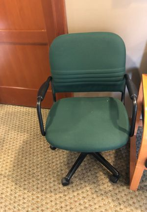 Free Office chair for Sale in Tacoma, WA