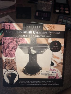 Makeup Brush Cleaner for Sale in Milwaukie, OR