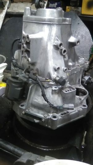 GSR 5 SPEED TRANSMISSION for Sale in Moreno Valley, CA