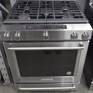 KitchenAid 5 Burner Stove With Convection Oven for Sale in Arlington, VA