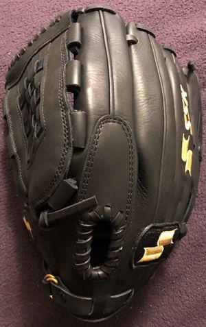 Left-Handed Throw SSK Enforcer Baseball Glove for Sale in Hacienda Heights, CA
