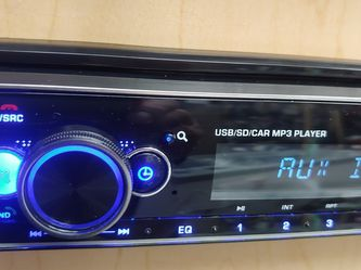 Blaupunkt mp3 receiver with detachable faceplate Bluetooth usb aux remote control 4 channel audio output ( not cd player ) for Sale in Commerce,  CA