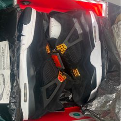 Jordan Royalty 4's DS for Sale in Pittsburgh,  PA