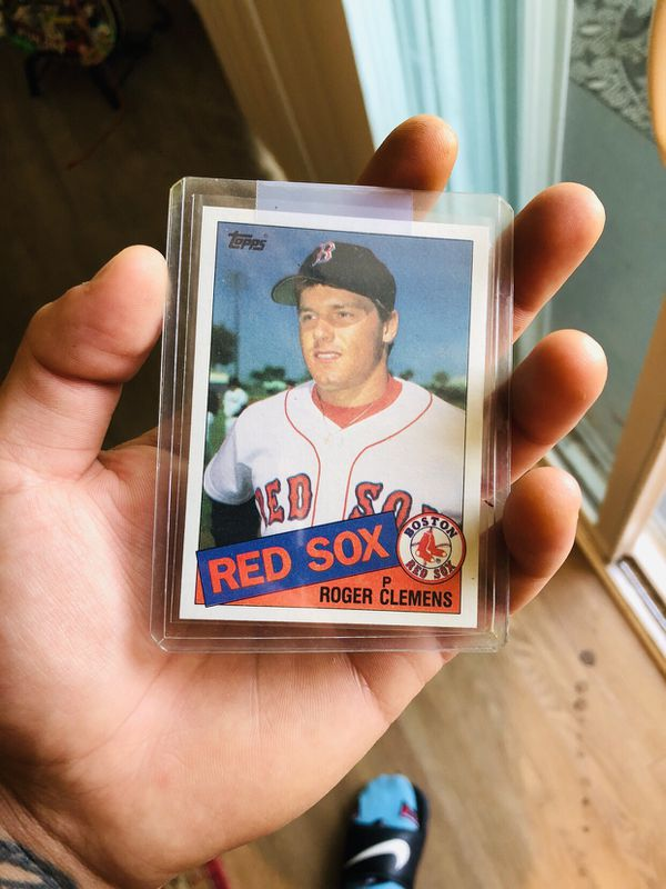 COLLECTIBLE 👌🏼👌🏼👌🏼!!! 1985 Topps Roger Clemens Rookie Baseball Card!