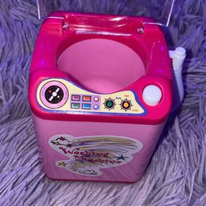 Beauty Blender Washing Machine for Sale in Vacaville, CA