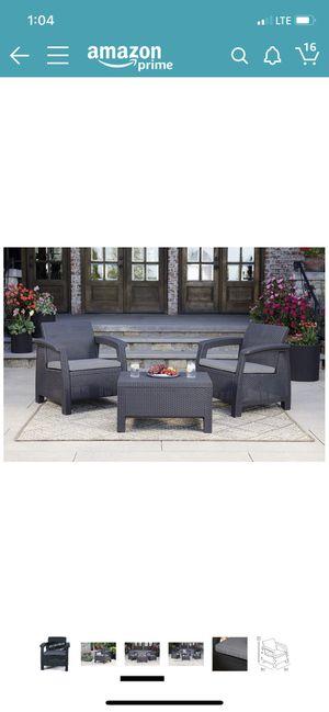 Outdoor furniture set for Sale in Miami Beach, FL